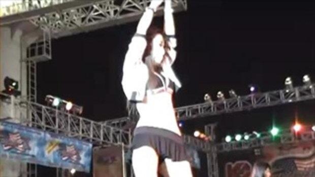 Bangkok Motor Show 2011 Sexy Coyote 10/15