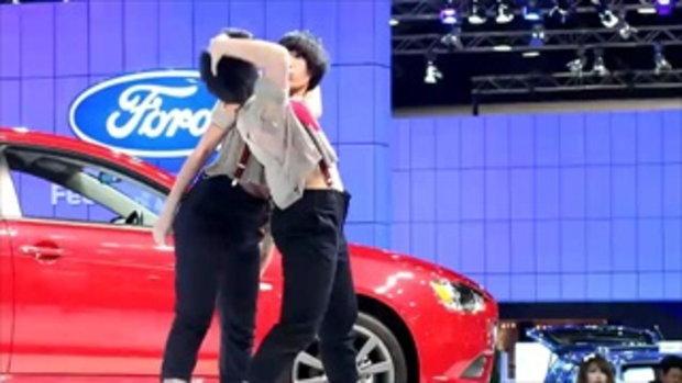 Bangkok Motor Show 2011 - Mitsubishi dance show
