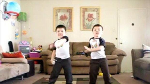 เด็กแฝดเต้นเพลง Hey Ya น่ารักมาก