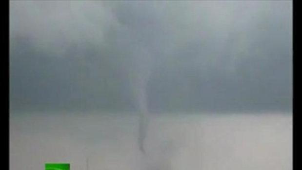 พายุทอร์นาโด ถล่มรัสเซีย
