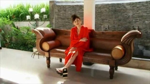 Anri Sugihara in red