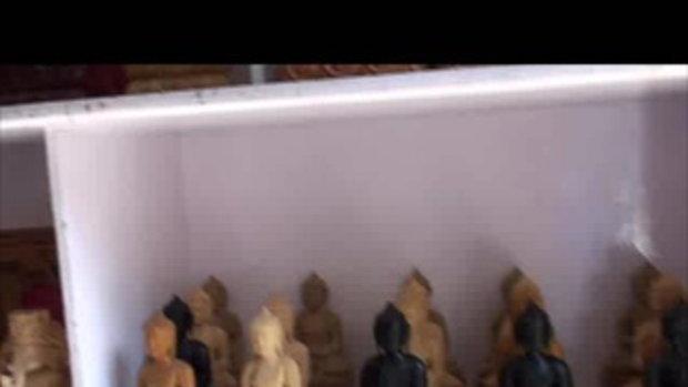 เจโอ๋เวสป้าผจญภัย-ร้านแกะสลักในทาเมล เนปาล