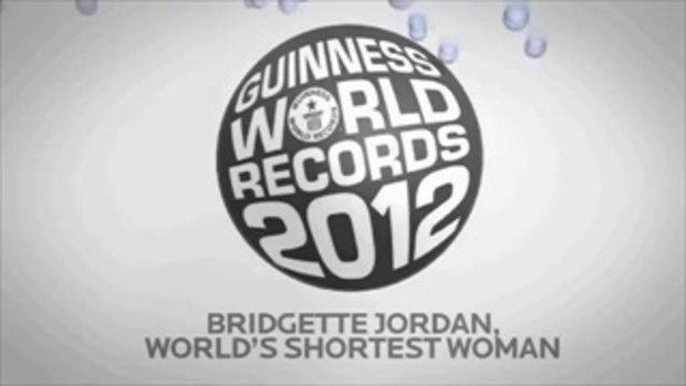 ผู้หญิงที่เตี้ยที่สุดในโลก