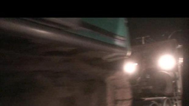 น้ำท่วมปทุมธานี-ประตูน้ำคลอง3หมู่บ้านพฤกษา-16ตุลาคม2554-เจโอ๋ผจญภัย