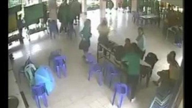 พายุถล่มรร.สตรีฯ ตราด เจ็บ 9 คน (CCTV)