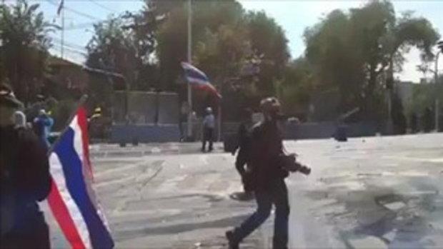 ตำรวจ ยั่วยุ ม็อบ THAILAND ONLY สากลเขาไม่ทำกัน