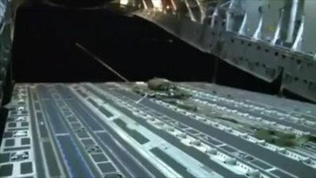 รถบรรทุกทหาร โดดร่มจากเครื่องบิน!