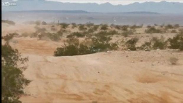 แข่งรถแรลลี่เม็กซิโก พลาด! ลอย 1ม้วนตลบจนฝากระโปรงกระจุย