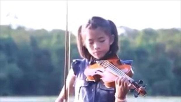 ชาวเน็ตประทับใจ คลิปเด็ก ร.ร.เล็กในทุ่งกว้าง ตั้งวงเล่นดนตรี