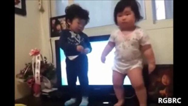 ทารกเต้นบอยแบนด์