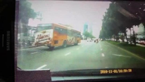 คลิปวินาที น้ำส้ม โซมี่ เน็ตไอดอล เมายา ซิ่ง BMW ชนรวด 9 คัน