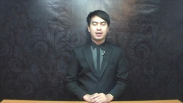 Sakorn News : จุดเทียนแสดงความอาลัยและร้องเพลงสรรเสริญพระบารมี