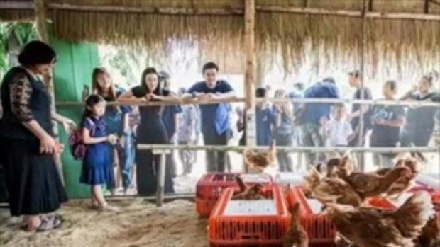 นุ่น ต๊อด เดินตามรอยพ่อ เปิดโครงการ 100 โรงเรียนเกษตรพอเพียง