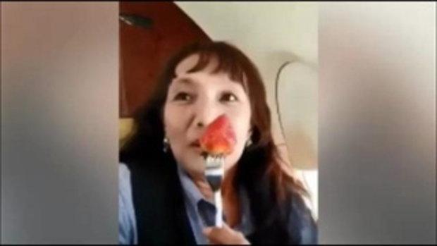 โชว์หรูอวดสมาชิก! แม่อ.โชกุน นั่งเครื่องบินส่วนตัวของอ.โชกุนไปเที่ยวเชียงราย