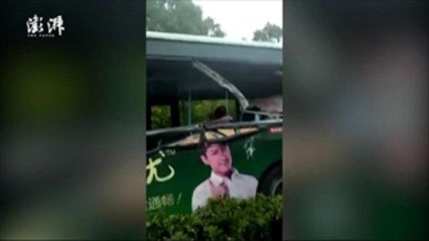 เกิดอุบัติเหตุรถเมล์ชนกับรถบรรทุก ดับแล้ว 10 สาหัส 8 เจ็บอีกอื้อ