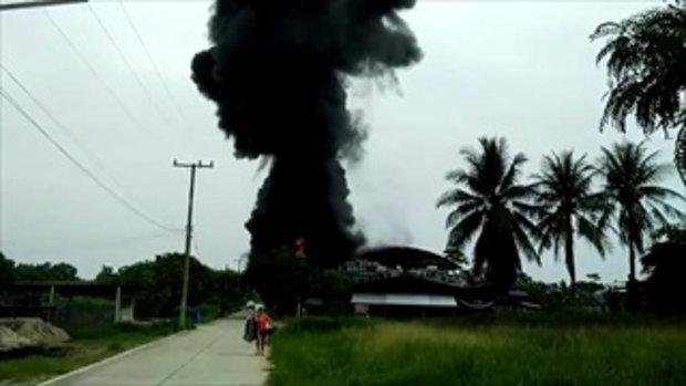 เกิดเหตุไฟไหม้โรงงาน ที่ อ.บ้านบึง จ.ชลบุรี จนท.กำลังเร่งดำเนินการ