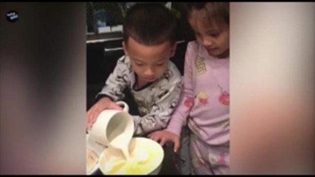 นานา ไรบีน่า & น้องบีน่า & น้องบรู๊คลิน สอนทำขนมคิงคอง จะสำเร็จมั้ย