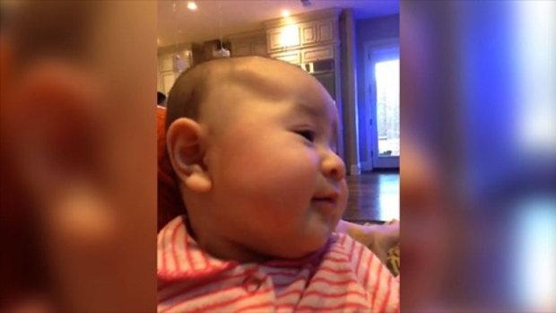 เมื่อทารกน้อยไม่ยอมหยุดหัวเราะคิกคัก