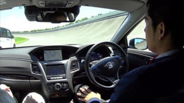 เทคโนโลยีขับขี่อัตโนมัติบนทางด่วน Honda Automated Drive