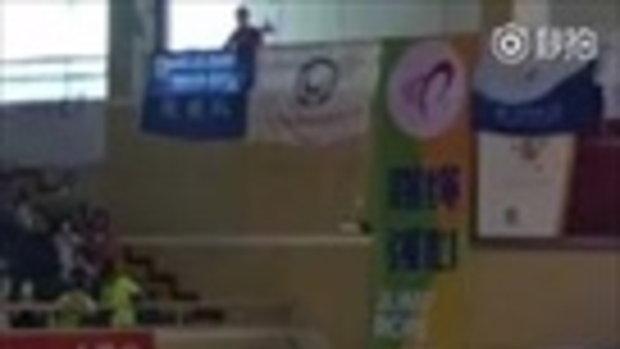 น่าทึ่ง! เด็กชายชาวจีนสร้างสถิติโลก กระโดดเชือก 226 ครั้ง ใน 30 วินาที