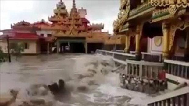 แห่แชร์ คลิปน้ำท่วมวัดที่พม่า ชาวเน็ตแย้ง เป็นแหล่งท่องเที่ยววัดกลางน้ำ
