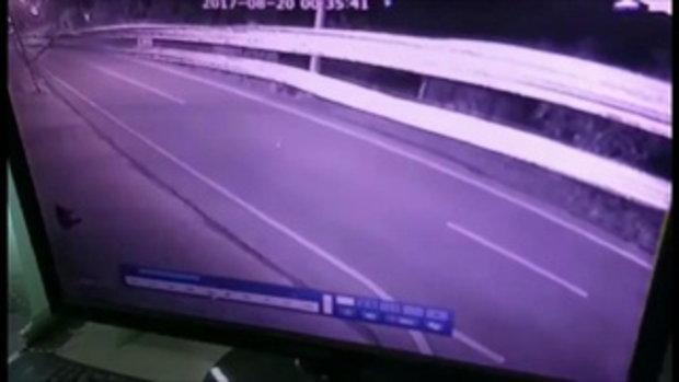ญาติร้องตำรวจถีบรถเด็ก 15 ล้ม เลี้ยวกลับไม่ลงมาดู
