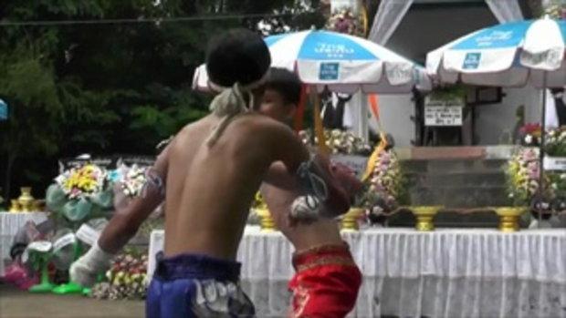 พ่อเจ้าของค่ายมวยจัดชกมวยหน้าเมรุ ก่อนเผาศพลูกชาย