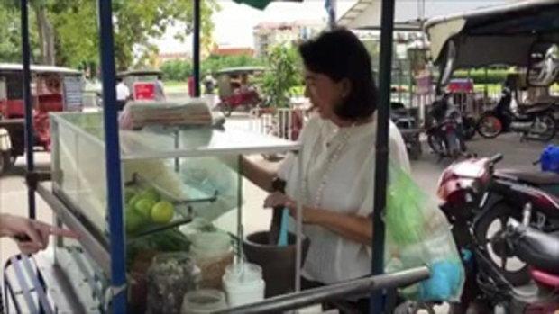ฮือฮา แม่ค้าขายส้มตำ ที่แท้แม่ของนางเอกเบอร์ต้นของประเทศ