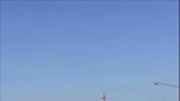 เป๊ะเว่อร์ ! คลิปกระโดดน้ำจากที่สูง ที่เสียวที่สุดในโลก