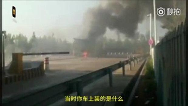 รถบรรทุกไฟไหม้ จำใจขับไปต่อ 3 กม. ฝ่าด่านไปขอความช่วยเหลือ