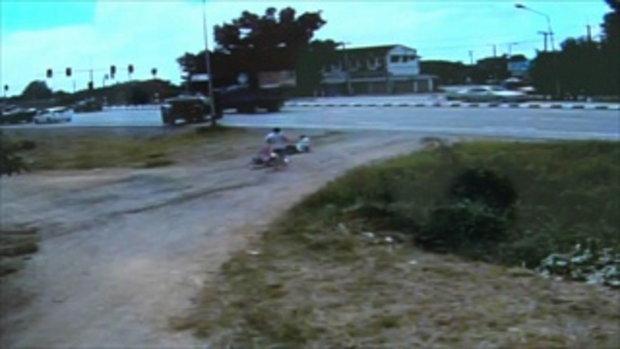 คนขับกระบะถอยทับลุงจูงจักรยาน ยืนยันไม่คิดหนี รับผิดชอบทุกอย่าง