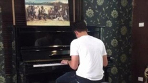 เพราะมาก! เจมส์ มาร์ เล่นเปียโน ที่บ้านพี่เอ ศุภชัย