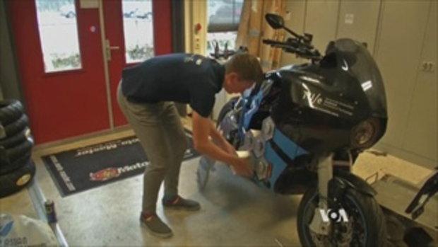 จักรยานยนต์ไฟฟ้ารุ่นใหม่ทดสอบวิ่งรอบโลกใน 80 วัน