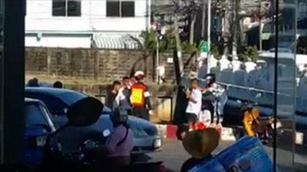 ตำรวจภูเก็ตใจดีสั่ง 3 นักเรียนสก๊อตจัมพ์ กลางไฟแดง เพราะไม่สวมหมวกกันน็อก