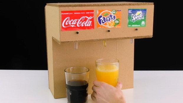 วิธีทำ ตู้กดน้ำ แบบง่ายๆ แค่มี กล่องลังกระดาษ ก็ทำได้แล้ว...