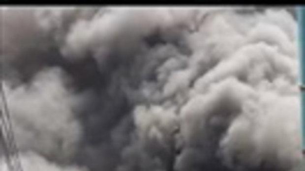 เหตุเพลิงไหม้แคมป์พักคนงาน ซอยเจริญราษฎร์ 5 แขวงบางโคล่ เขตบางคอแหลม