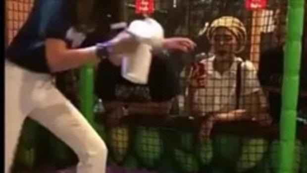 """เต้นมันส์เว่อร์! """"เจ๊เปาบางพลี"""" โชว์สกิลสายแดนซ์ตั้งแต่วัย 9 เดือน!!"""