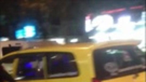 แชร์สนั่น! แท็กซี่เดือดอ้างทุบรถ ขู่ยิง กรรโชกทรัพย์ 1000 บาท