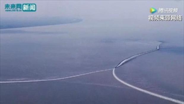 ชาวจีนแห่ชมปรากฏการณ์คลื่นยักษ์ที่แม่น้ำเฉียนถังช่วงจงชิว