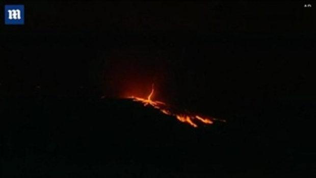สะพรึง! ปรากฏการณ์ ทอร์นาโดไฟ ขณะเกิดไฟป่าที่โปรตุเกส