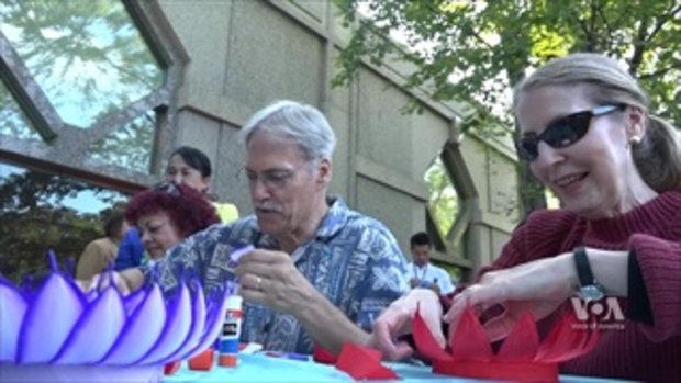 ชุมชนไทยกรุงวอชิงตันร่วมเผยแพร่ประเพณี'ลอยกระทง' ในเทศกาล 'IlluminAsia' ที่สมิธโซเนียน