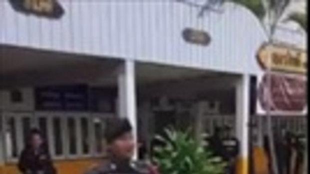 เซ็กซี่สุดๆ ยุทธวิธีใหม่ ตำรวจเต้นเพลง ปานามา เพื่อกล่อมคนร้ายจับตัวประกัน