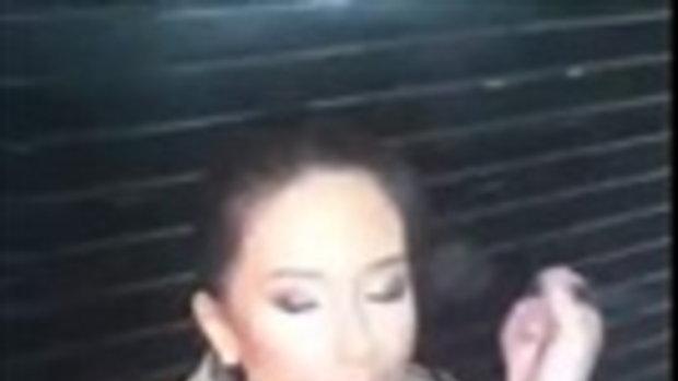 """คลิป """"มารีญา"""" แต่งหน้าทำผม ก่อนขึ้นเดินบนเวที Miss Universe 2017"""