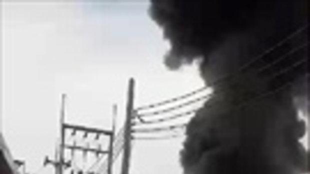 คลิปนาทีระทึก! รถน้ำมันระเบิดในนิคมฯอมตะนคร มีเจ็บ - เร่งดับ