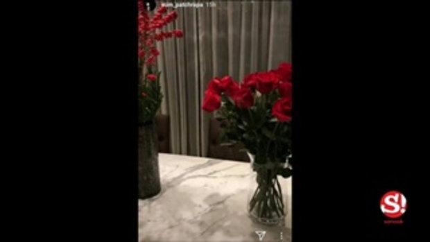 อั้ม พัชราภา เปิดบ้านสวยจัดดอกไม้เตรียมฉลองวันคริสต์มาส