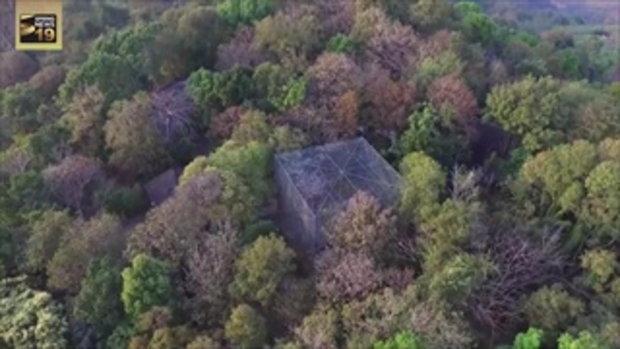 ส่องภาพมุมสูง บ้านเปรมชัยที่ภูเรือ อึ้ง พบกรงขนาดยักษ์กลางป่า