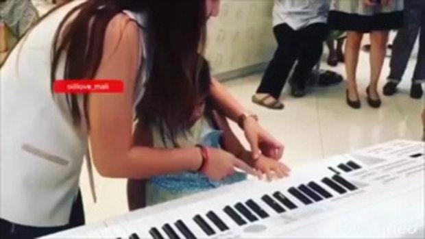 แฟนคลับปลื้ม มะลิ ไม่ธรรมดา โชว์ร้อง เต้น เล่นเปียโน