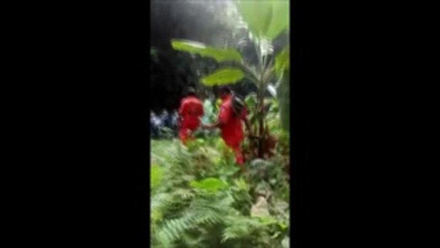 สุดยอด!ทีมกู้ภัยลุยป่าทึบเขาสูงเก็บศพนายพราน