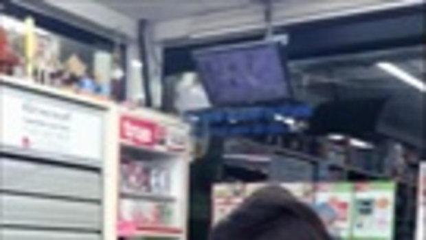 แม่หญิงการะเกด บุกซื้อน้ำปลาหวานกลางเซเว่นฯ งานนี้เล่นเอาออเจ้าฮาน้ำตาแตก