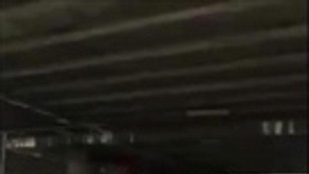 ได้ใจไปเลย!! หนุ่ม คนจริง อัดคลิปปะทะเดือด ตร. ตั้งด่านทางกลับรถ ใต้สะพานย่านเมืองเอก!!เจอเเบบนี้เข้